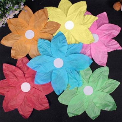 Pack de 10 lanternes flottantes multicolores en forme de fleur (1,00 € /pc)
